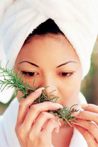 Народные способы лечения выпадения волос у женщин
