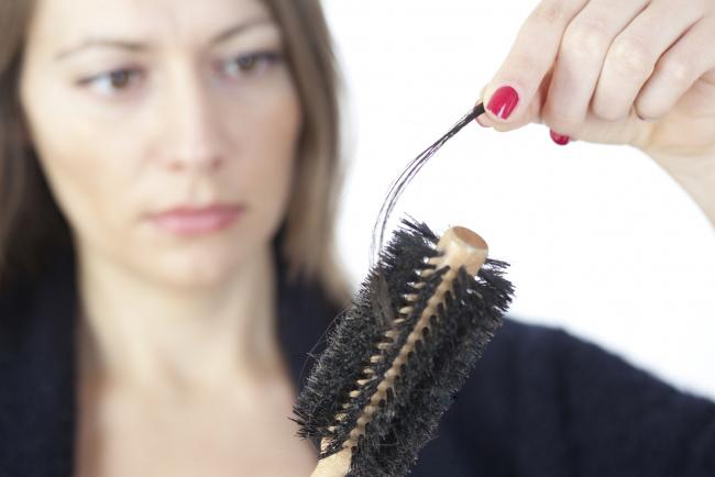 Что делать если выпадают волосы 16 и лет