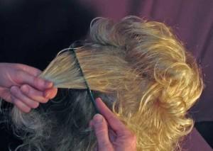 Как расчесать искусственные волосы