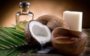 Использование масла кокоса при уходе за волосами